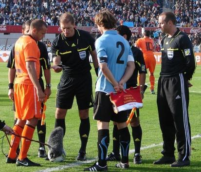Image result for uruguay vs holanda 2011