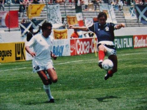 Image result for uruguay vs escocia mexico 86 festejo